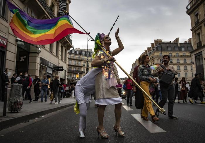 Omofobia: Cvx, nessun rischio libertà - Ultima Ora thumbnail