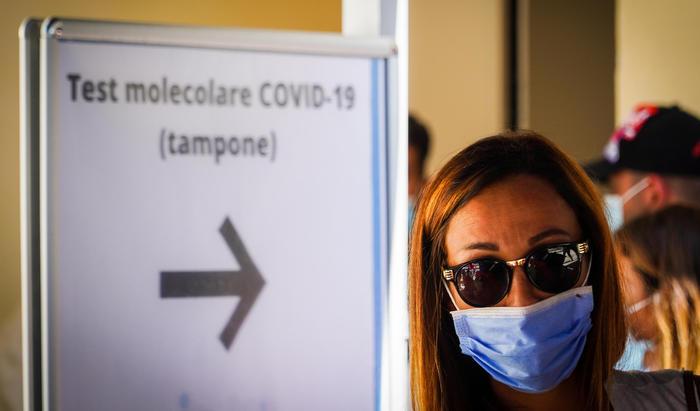 Coronavirus: Veneto, 160 nuovi casi con tampone positivo thumbnail