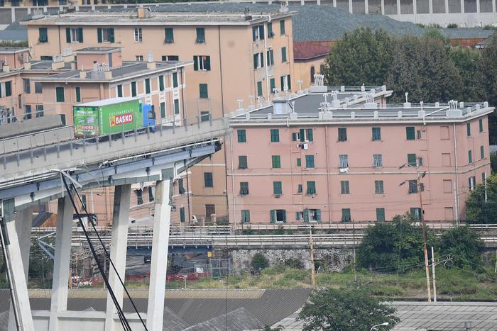 Due anni fa il crollo del ponte Morandi. Mattarella: 'Ricostruire cultura della sicurezza' - Cronaca