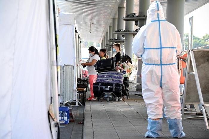Coronavirus: balzo Toscana, 61 nuovi casi per lo più giovani