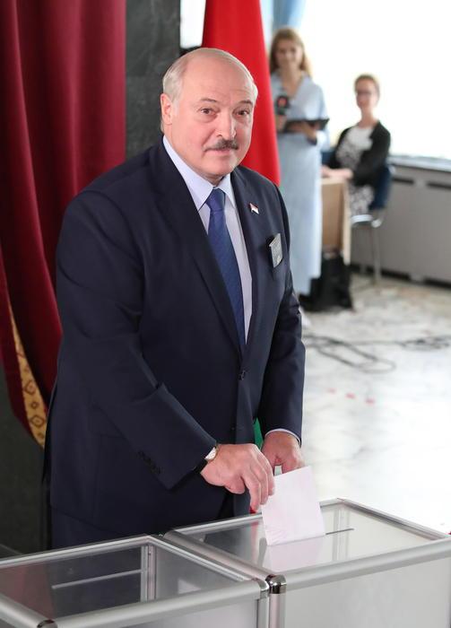 Bielorussia: Lukashenko, non perderemo controllo situazione