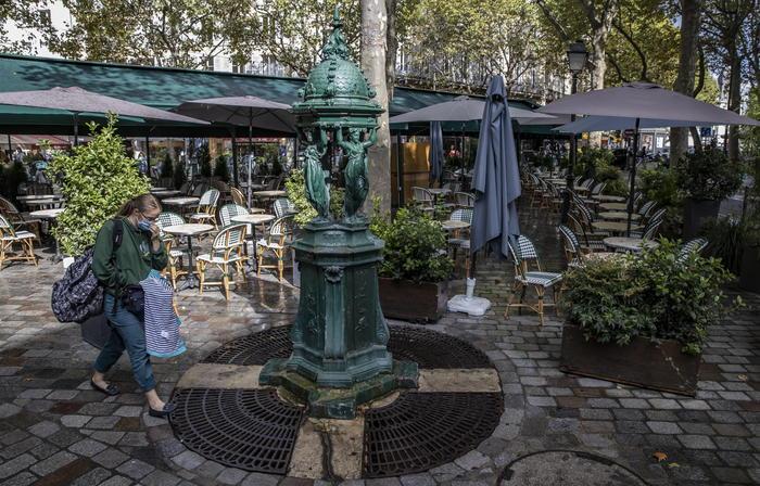 Covid: Francia, 13.000 casi e 215 morti in 24 ore - Ultima Ora