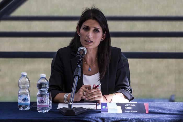 Roma: Raggi indica Ziantoni nuovo assessore ai Rifiuti thumbnail