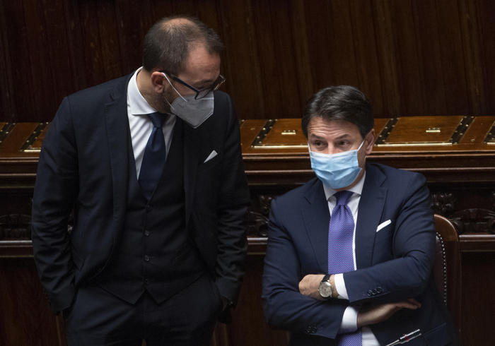 Weird Italy fa8e818f622a5f2e51e302734d6c5097 Conte studies moves before new showdown in parliament - English What happened in Italy today