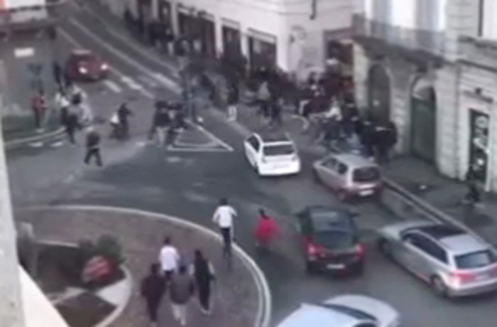 Weird Italy 0a7b88d0f6fece50f1b3dd8ad371c4a1 'Turf war sparked mass youth street fight in Gallarate' - English What happened in Italy today