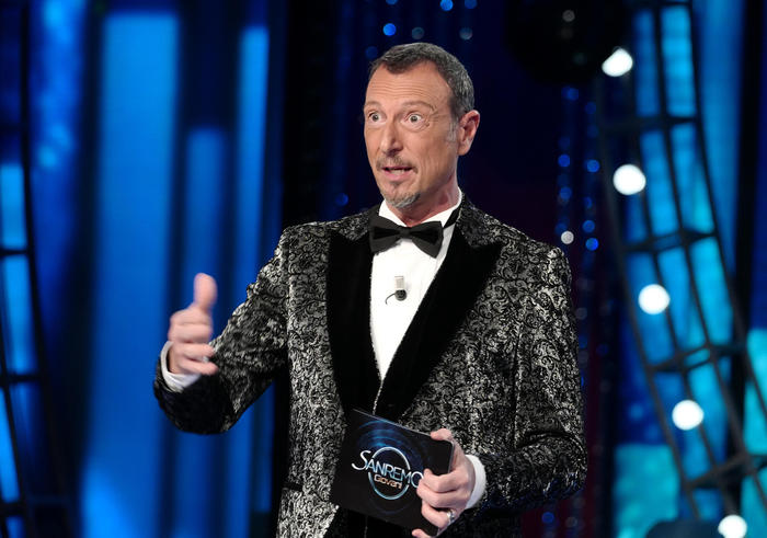 Weird Italy bbe87b582f844185d488162abf0a757e Sanremo fest won't have audience - RAI What happened in Italy today