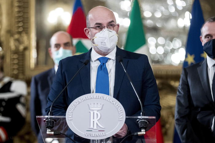 Weird Italy 43de49fad6ee4607968b5f8144c21619 Draghi didn't mention ESM says M5S's Crimi What happened in Italy today