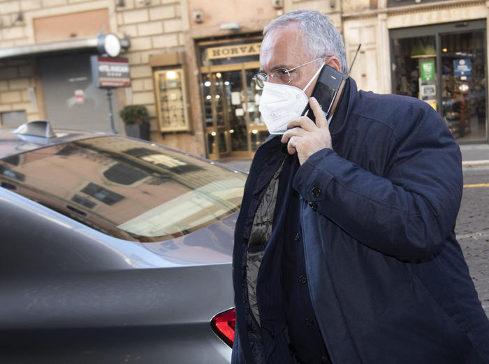Soccer: Lotito banned for 7 mts over COVID protocol - English - ANSA.it