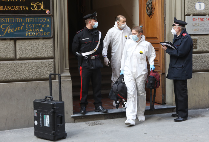 Weird Italy 5fa28f241eb848184b44ea6e9366809f Student, 21, falls to death in Florence What happened in Italy today