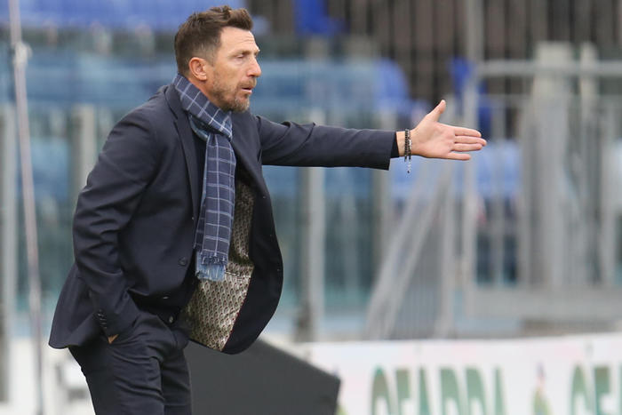 Weird Italy 8df36e2c70ec8aacc057e1fac4484444 Soccer: Cagliari sack Di Francesco What happened in Italy today