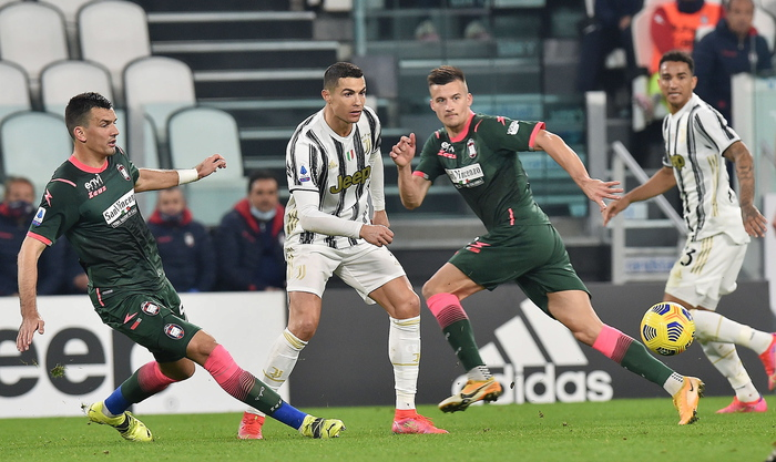 Weird Italy 0a3a432066f3751fdcc0730d4f21f616 Soccer: Ronaldo puts Juve back in third place What happened in Italy today