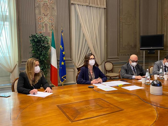 Weird Italy 123dfdaab36f148ab921ba1c96bedebe Govt, regions hold talks on new COVID measures What happened in Italy today