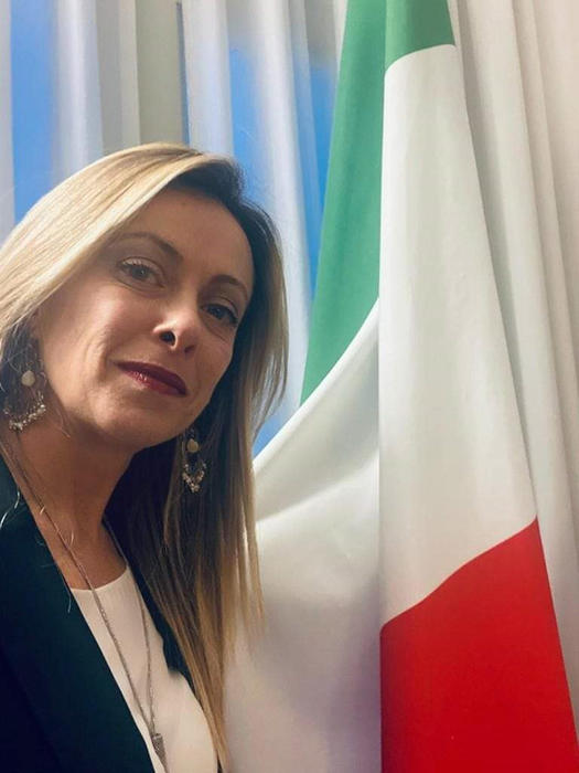 Weird Italy 917745081114bc1ddadc98674f09ba53 FdI won't back Draghi govt - Meloni What happened in Italy today