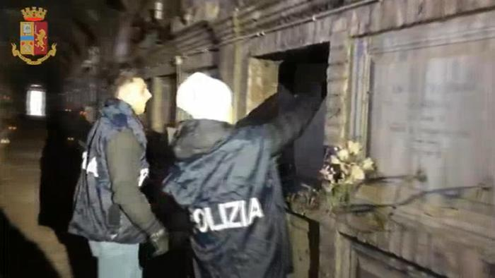 Weird Italy 6c1dbdacd3fe1fd2d19293677f56d85f 3 arrested for clearing tombs to make way for new bodies What happened in Italy today