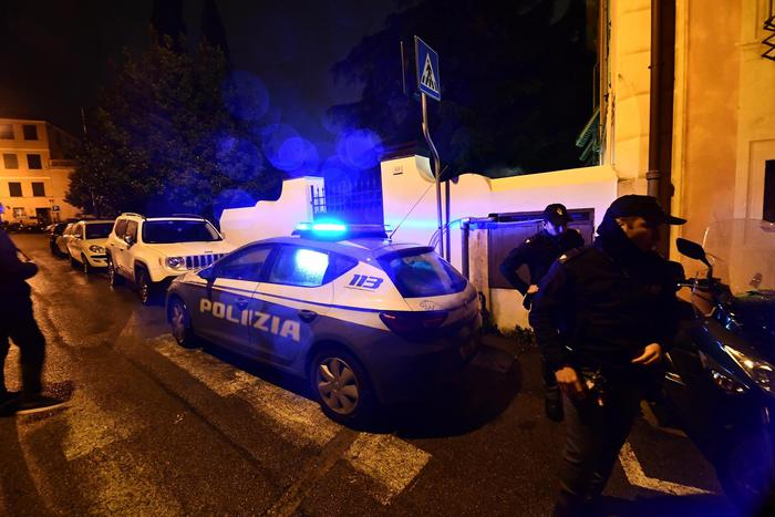 Weird Italy 8043264b1dedec6ad94c215f9bba27a8 Man kills wife in jealous fit What happened in Italy today