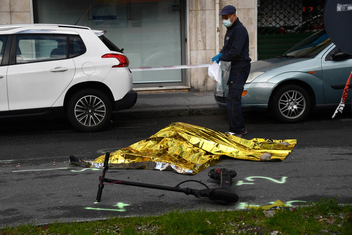 Weird Italy d0911567418ef818796dfc66eceeed07 Woman on segway killed by lorry What happened in Italy today
