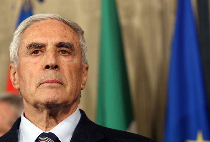 Weird Italy 8194c2200fce965391534cb0edfadb1a Ex union leader, Senate chief Marini dies of COVID at 87 What happened in Italy today