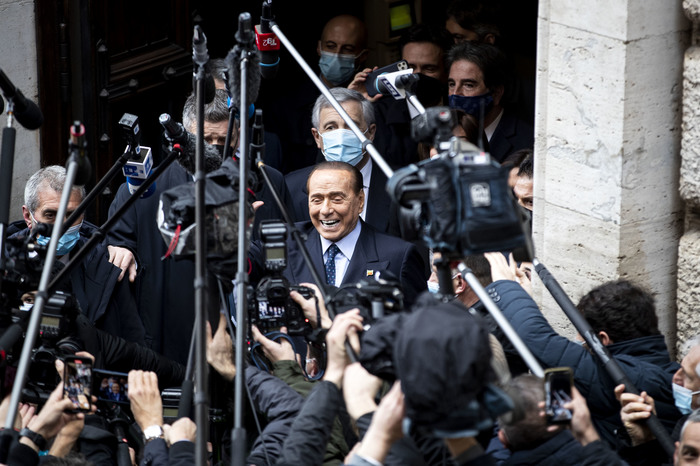 Weird Italy bc950c99d46588045800c67e687040d4 I told Draghi he should decide 'independently' - Berlusconi What happened in Italy today