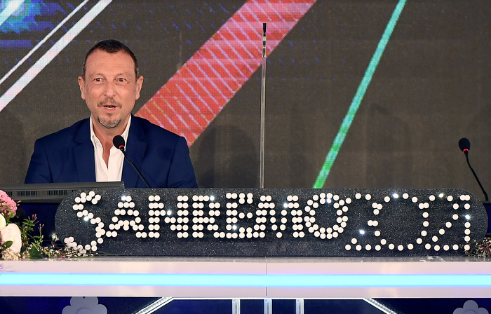 Weird Italy 461c93a75632fed1fd72ba582f965607 Sanremo music festival to start with stars but no audience What happened in Italy today