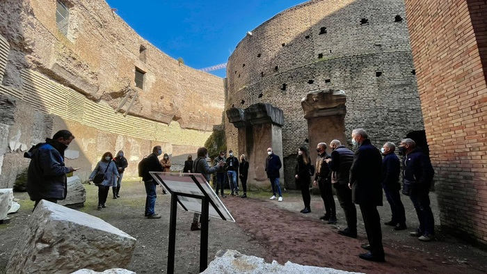 Weird Italy e102b8a9ce05d7c9cf01d5b72a45bdf9 Mausoleum of Augustus reopens What happened in Italy today