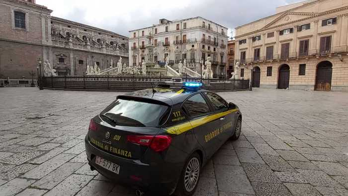Weird Italy 043fb3f9ad8c97f54e4366c576b7489e 74 basic-income cheats found in Palermo What happened in Italy today