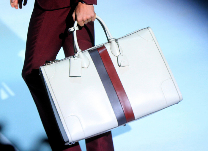 Facebook, Gucci team up in legal fight against fake goods ...