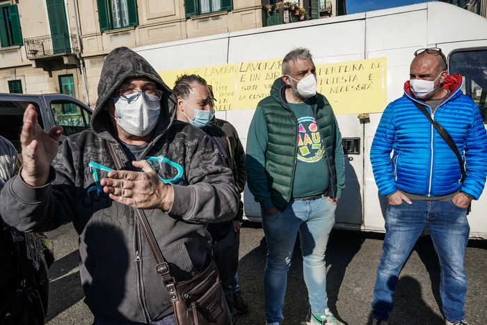 Weird Italy 03daa8c5fad6f636665ebea57f86d2dd Turin market traders block street in COVID lockdown protest What happened in Italy today