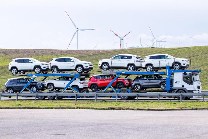 Riparte ecobonus auto, fino 2000 euro a vetture green