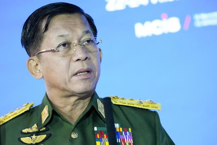 Birmania: giunta conferma volontà elezioni multipartitiche