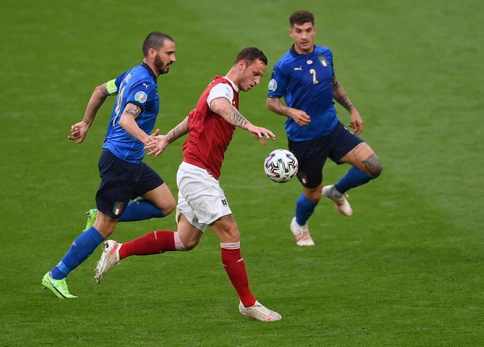 Італія - Австрія 2:1 (дод. час). Перемога замін - изображение 1