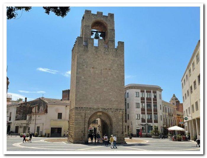 09-06-2021_dopo_restauro_riapre_a_oristano_la_torre_di_san_cristoforo.html