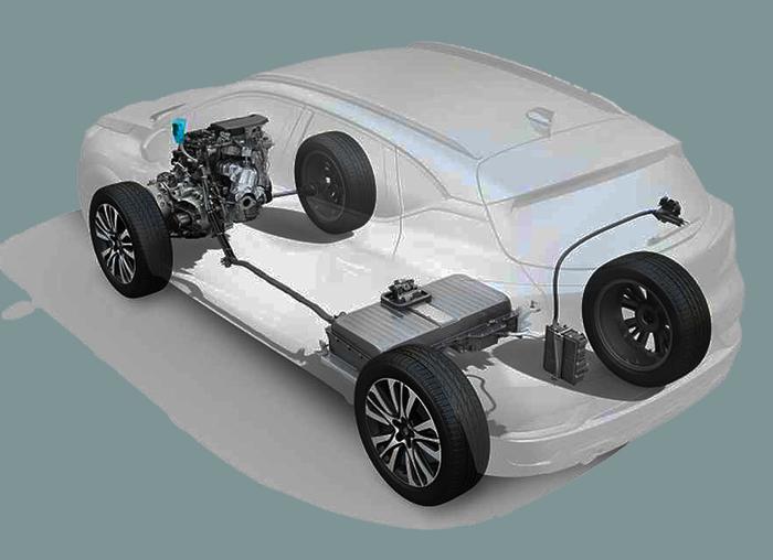 Renault, indispensabile non abbandonare la tecnologia ibrida