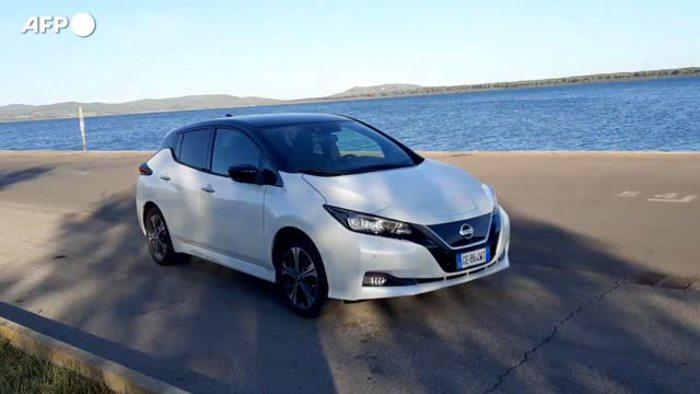 Nissan Leaf10, l'elettrica dei sogni diventa matura