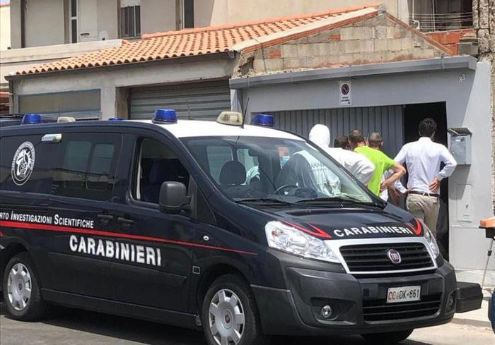 02-08-2021_morto_in_casa_nelloristanese_attesa_per_lesito_autopsia.html