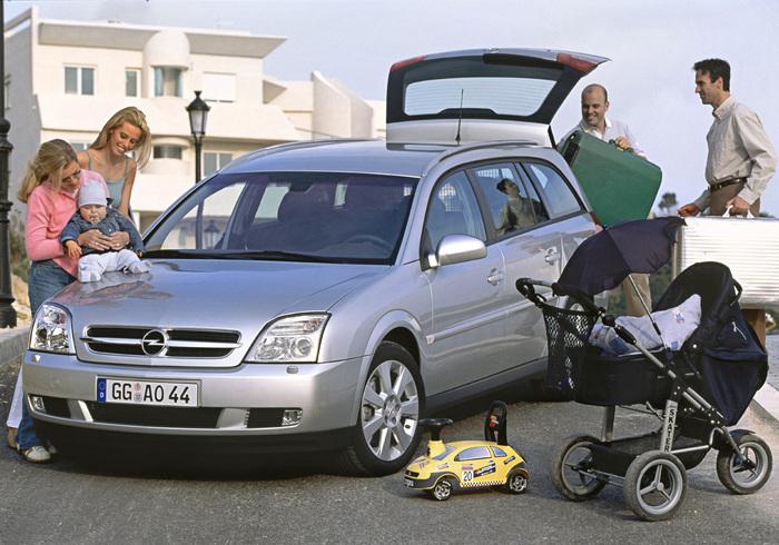 Opel Vectra, quando le station wagon facevano tendenza