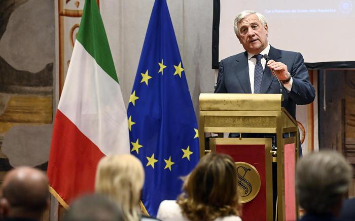 Ue: Tajani, bene von der Leyen, serve esercito europeo - Ultima Ora