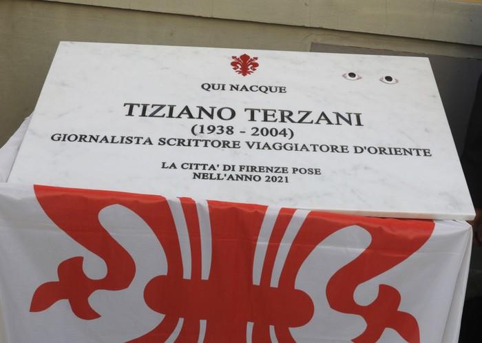 A Firenze targa ricorda Tiziano Terzani su sua casa natale