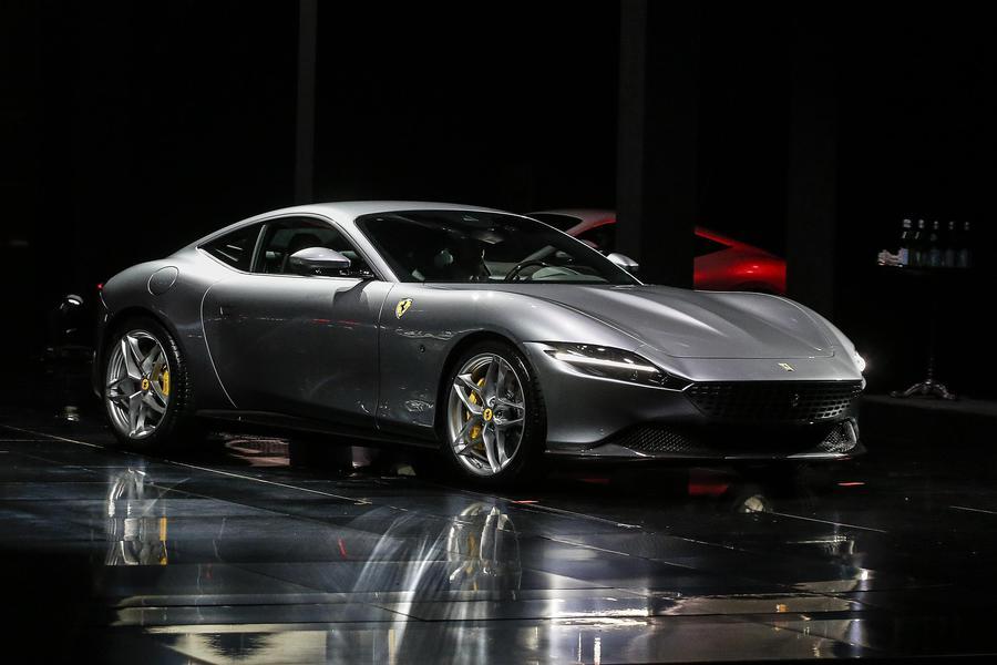 La nuova Ferrari in vendita si chiama Roma, se la volete