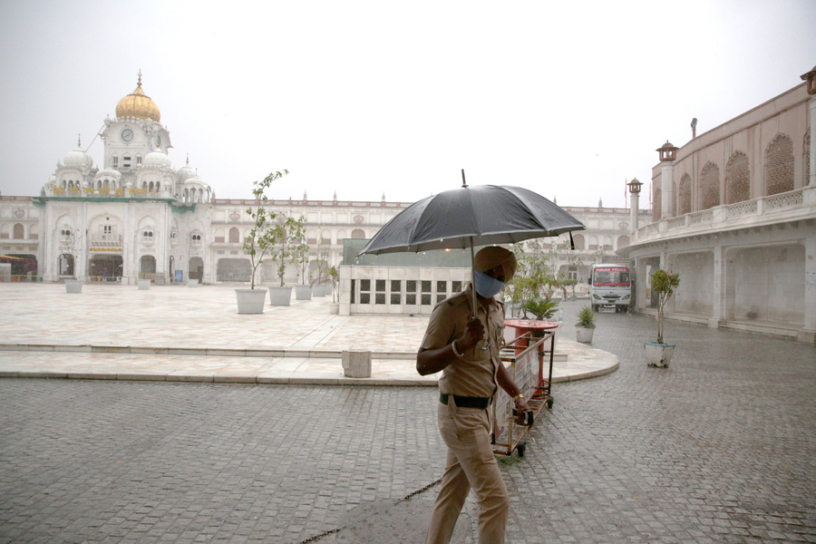 Forte pioggia premonsonica ad Amritsar thumbnail
