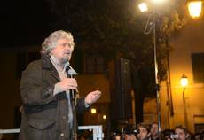 Grillo calls for end of labor unions in Italy