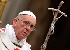 Papa: a Roma contrasto bellezza-povertà